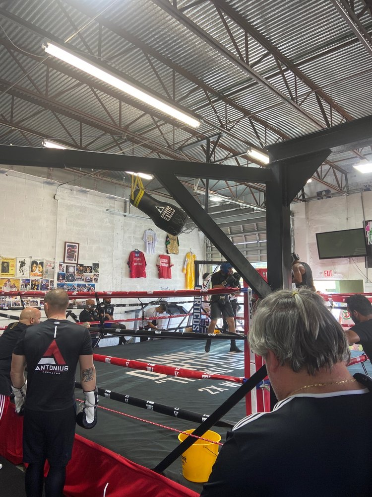 Piter Roque Boxing Academy: 4301 SW 75th Ave, Miami, FL