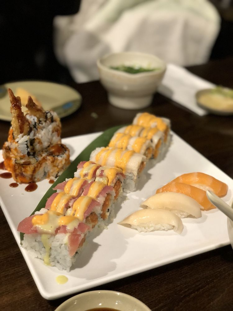 Sushi King: 46220 Potomac Run Plaza, Sterling, VA
