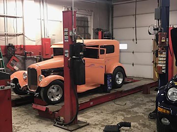 Paul's Auto Repair & Towing: 1658 N McKinley Ave, Rensselaer, IN