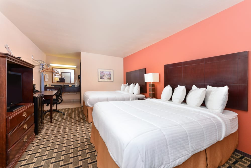 Americas Best Value Inn: 910 NW Hway 270, Woodward, OK