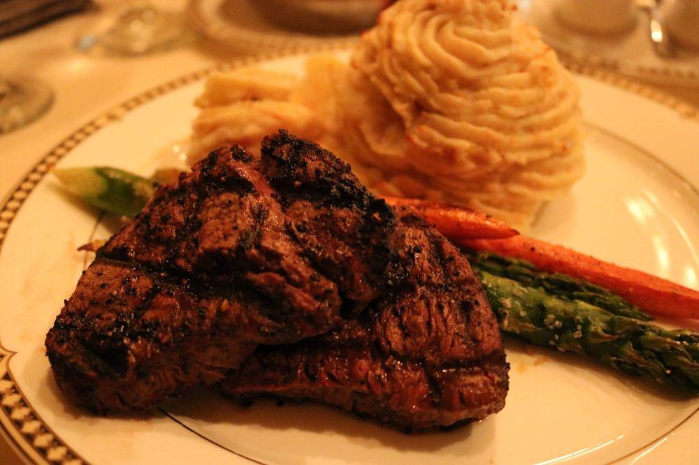 Bohanan's Prime Steak and Seafood