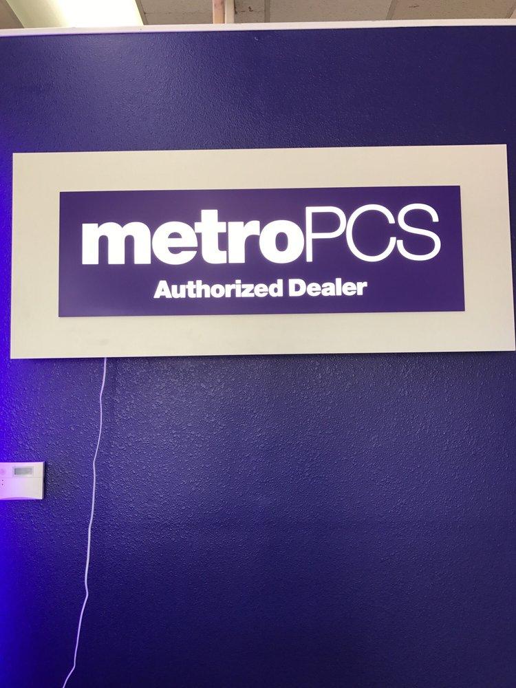 MetroPCS Authorized Dealer: 15528 Crenshaw Blvd, Gardena, CA