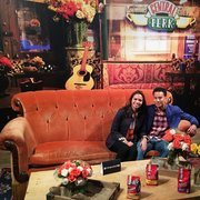 United Photo Of Central Perk Friends Pop Up New York Ny