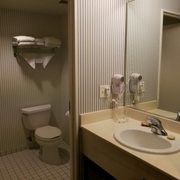 Williamsburg woodlands hotel suites 91 photos 74 - 2 bedroom hotel suites in williamsburg va ...