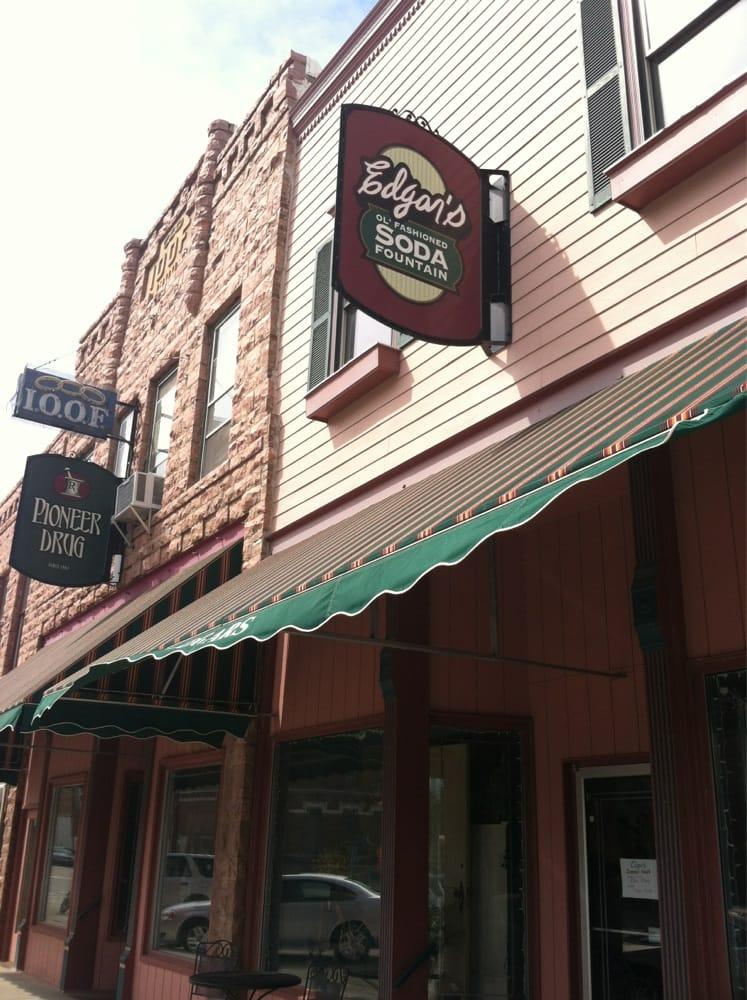Edgar's: 107 Main E, Elk Point, SD