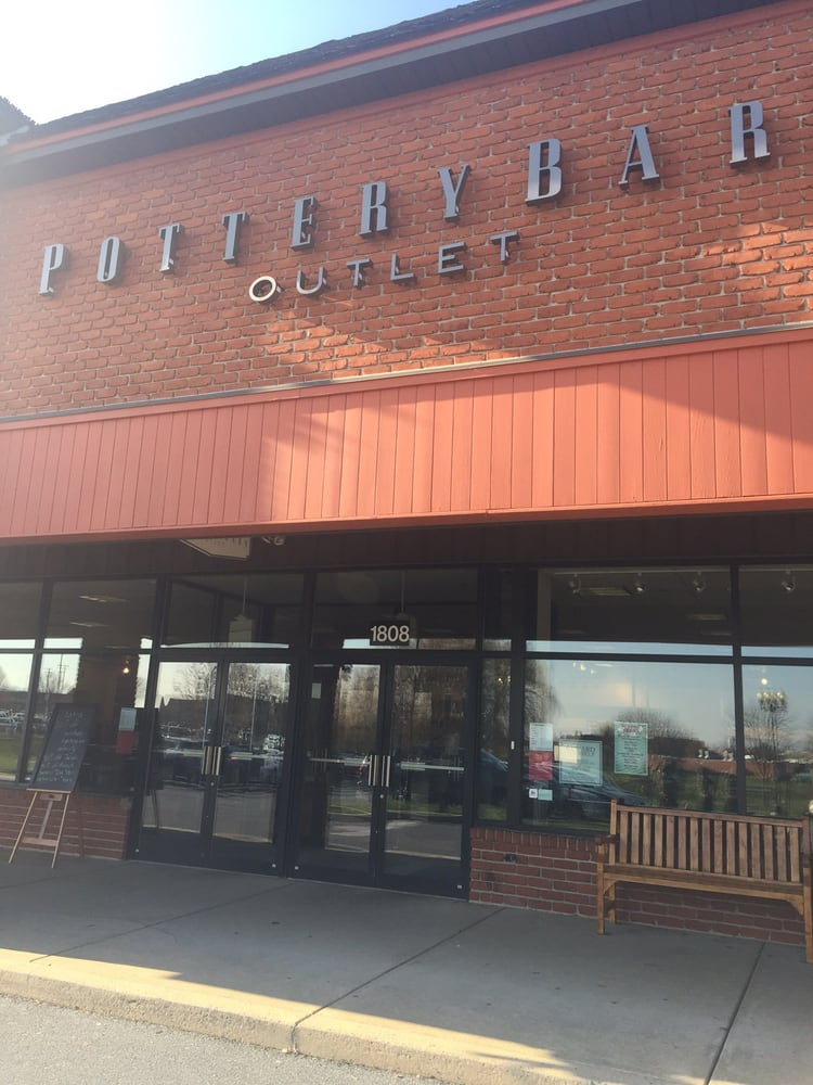 Pottery Barn Outlet - Outlet Stores - 35 S Willowdale Dr ...