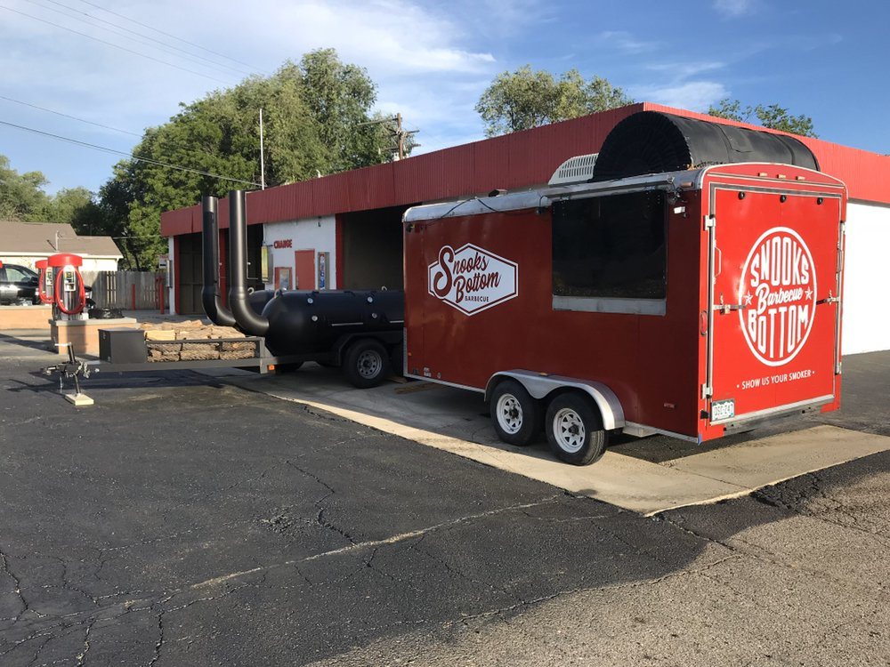 Snooks Bottom Barbecue: 555 1/2 US 50, Grand Junction, CO