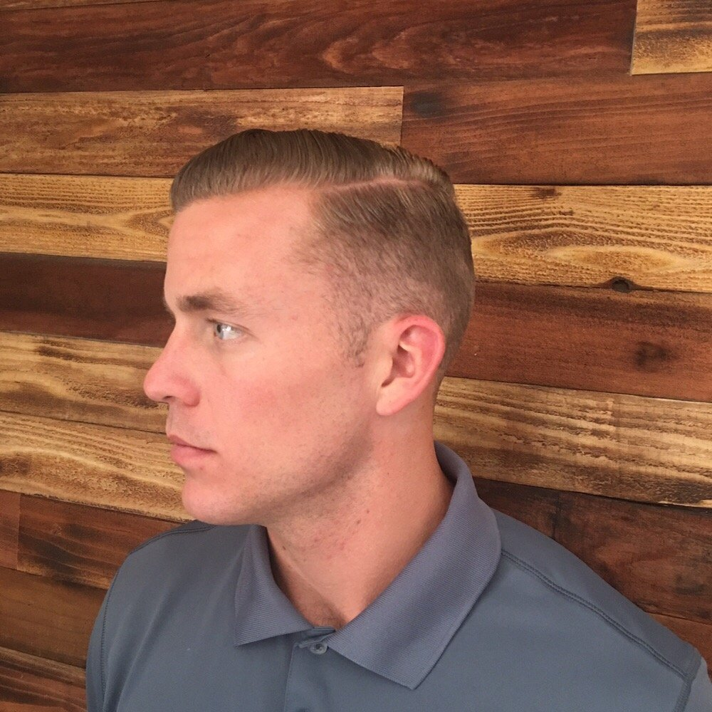 Hitching Post Shave 88 Photos 86 Reviews Barbers 1517 N Main