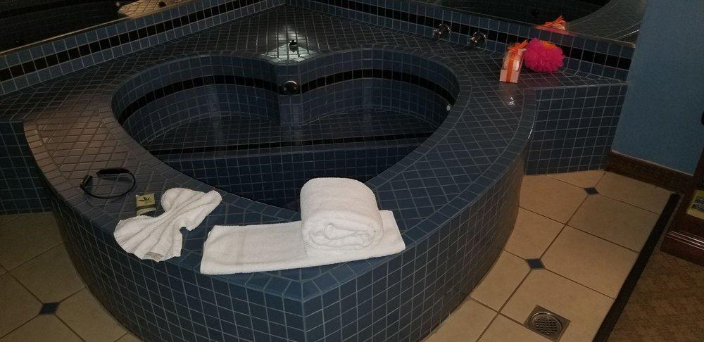 Dynasty Suites Redlands Hotel: 1235 W Colton Ave, Redlands, CA