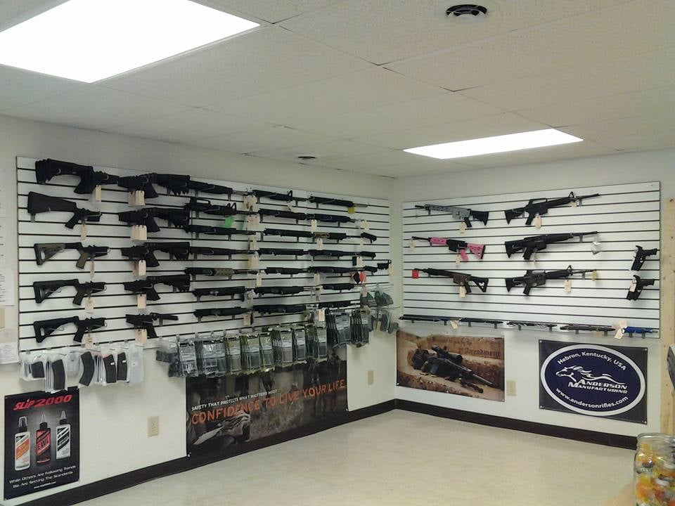 Big Boyz Guns: 4568 Blue Ridge Blvd, Blue Ridge, VA