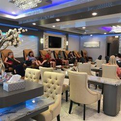 Signature Nail Bar & Spa - 63 Photos & 37 Reviews - Nail Salons ...