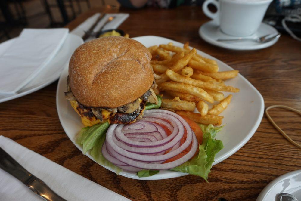 Rachel's Restaurant & Bakery: 325 Bay Walk, Ocean Beach, NY