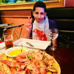 City Island Lobster House - 601 Photos & 414 Reviews - Seafood - 691 Bridge St, City Island ...