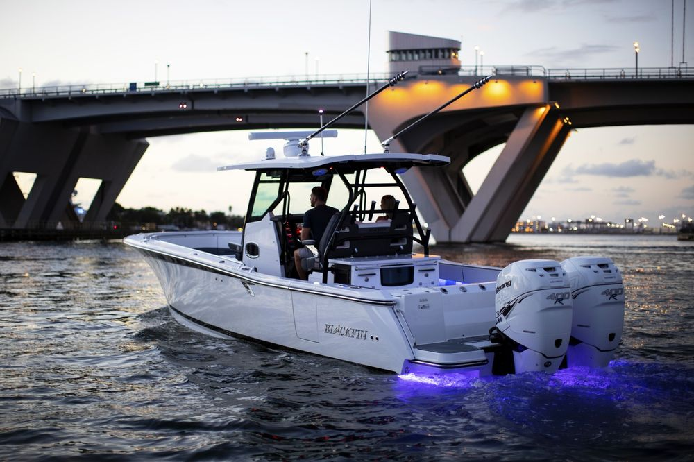 Social Spots from Boat and Motor Superstores