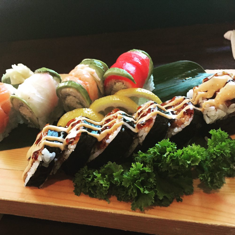 Grey Whale  Sushi & Grill: 129 N 10th St, Lincoln, NE