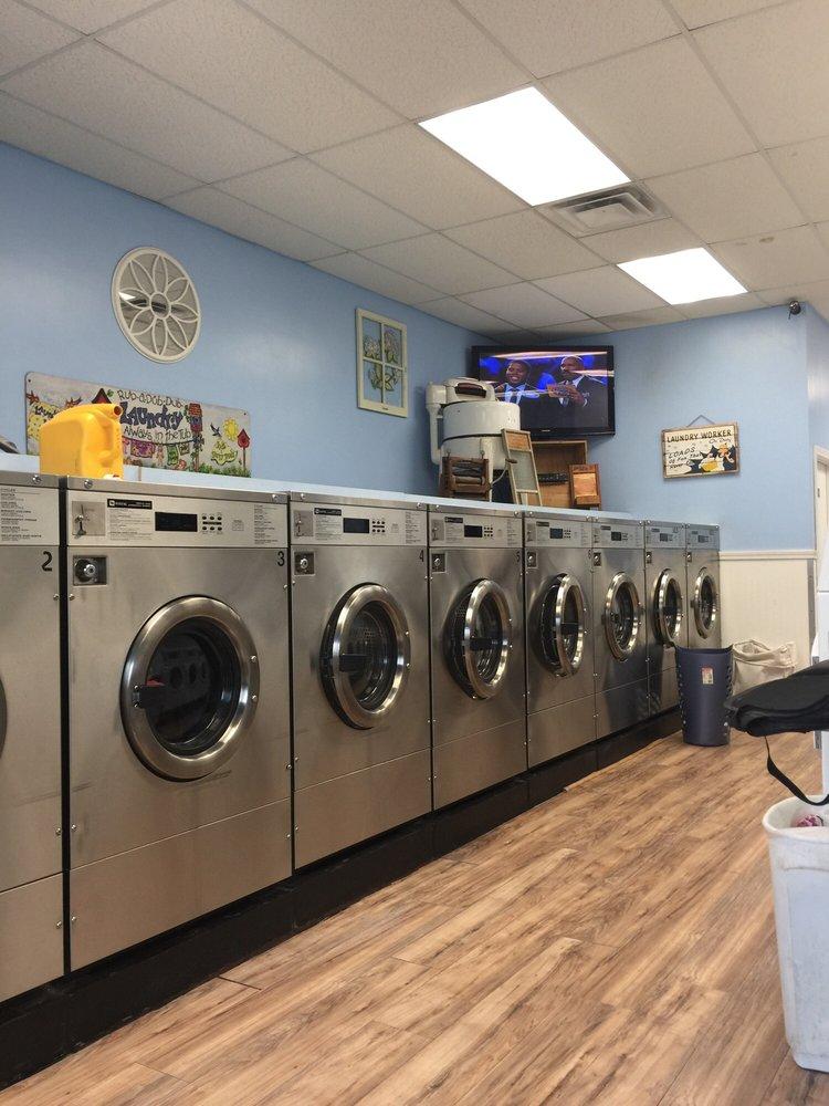 Scrubbles Laundromat: 142 Pine St, Danvers, MA