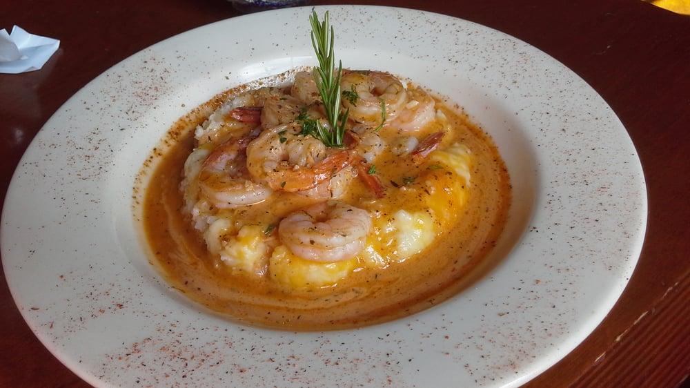 Bourbon Street Bar & Grill: 401 S Meridian, Puyallup, WA