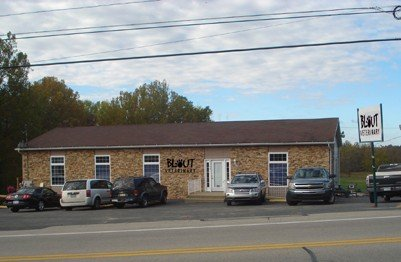 Blout Veterinary: 1164 National Pike, Hopwood, PA