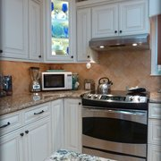 Arlington White Kitchen Photo Of Lily Ann Cabinets   Adrian, MI, United  States.