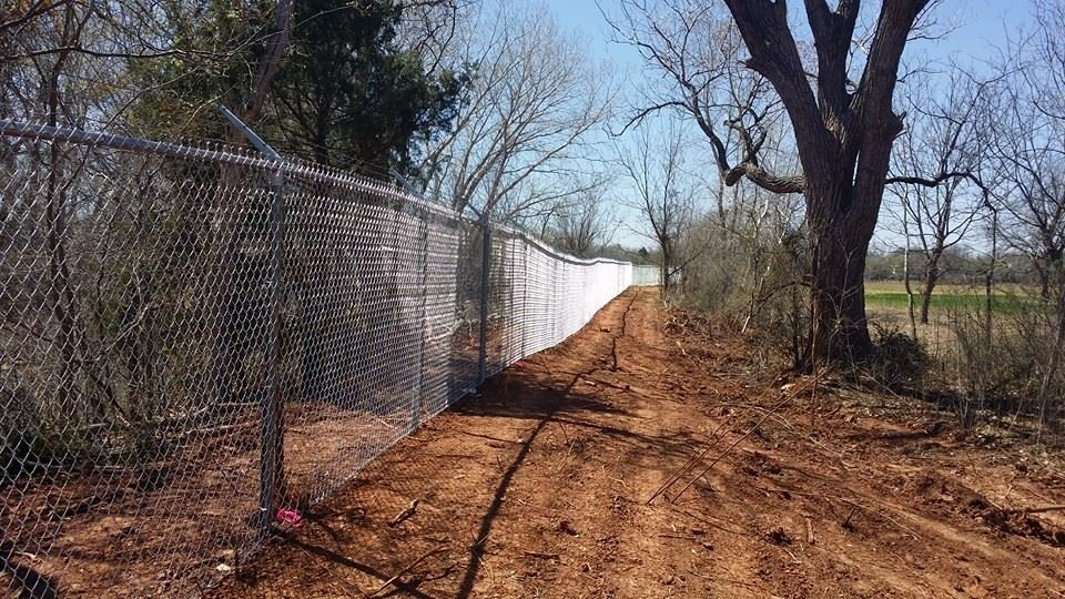 Whitaker Lawn Care and Fencing: 207 East Main, Archer City, TX