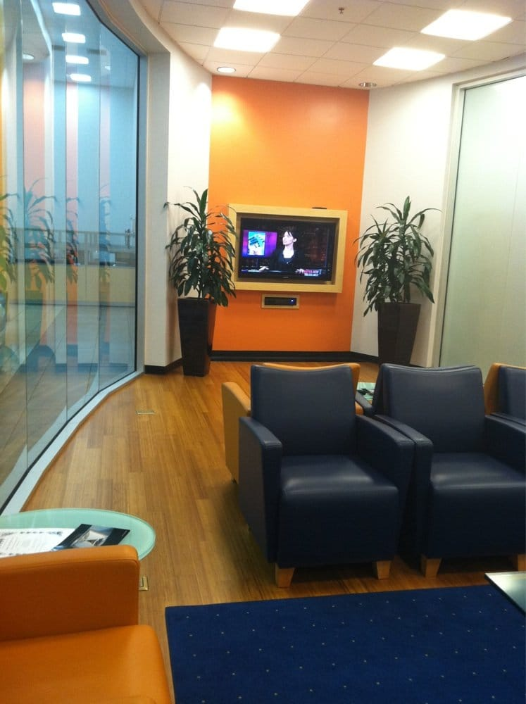 Nicest waiting room i 39 ve seen at a car dealer yelp for Mercedes benz dealer long beach