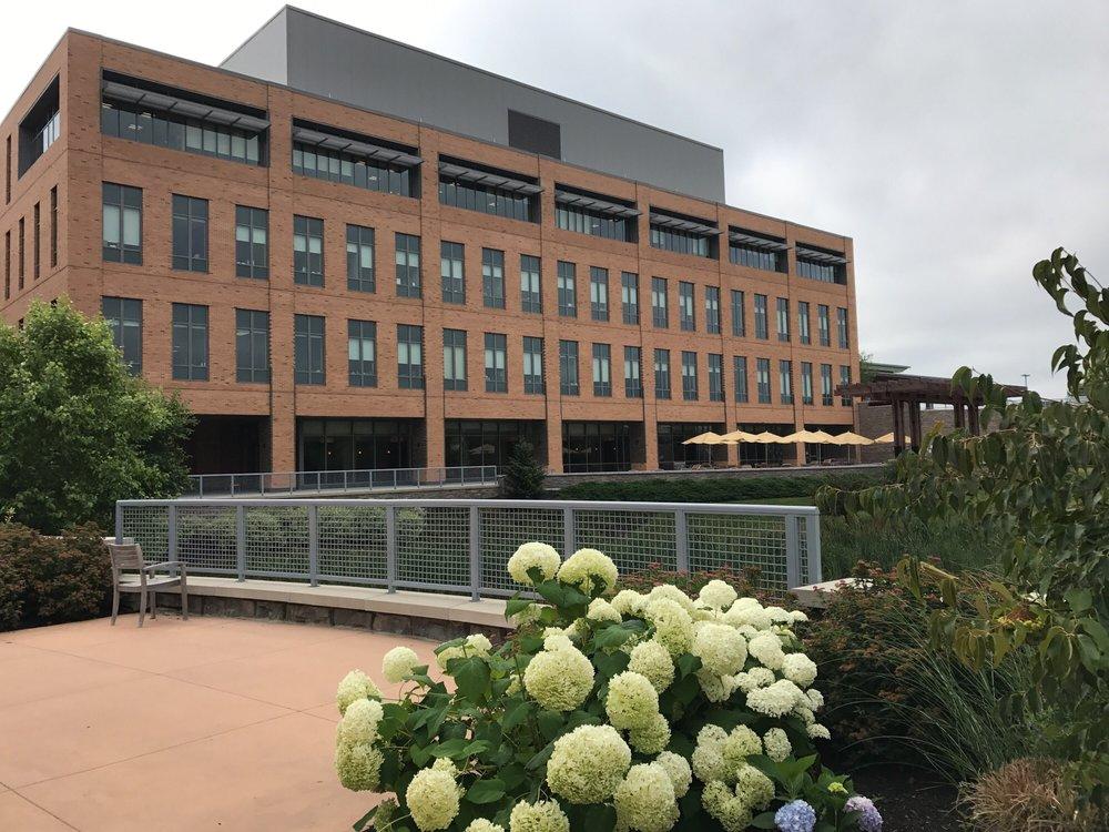 Maine General Medical Center: 35 Medical Center Pkwy, Augusta, ME