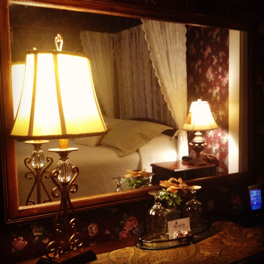Riverside Inn: 372 Rt 16A, Bartlett, NH
