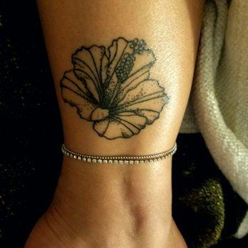 a8038eb0fca42 Hula Girl Tattoo - 253 Photos & 27 Reviews - Piercing - 100 Hana Hwy ...