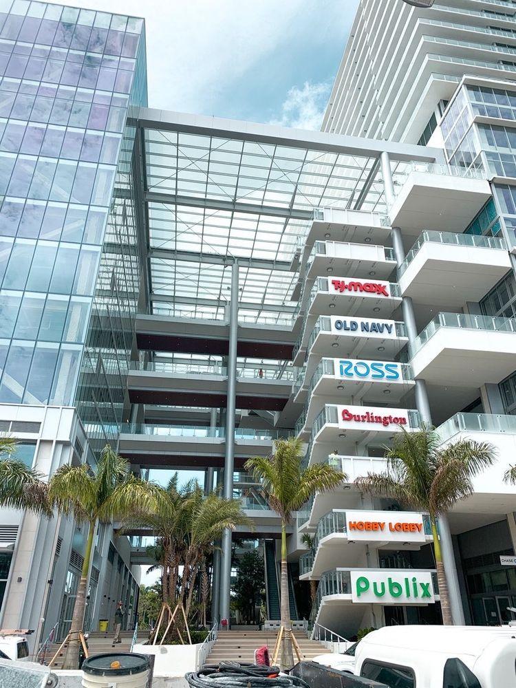 Tj Maxx: 1420 NW N River Dr, Miami, FL