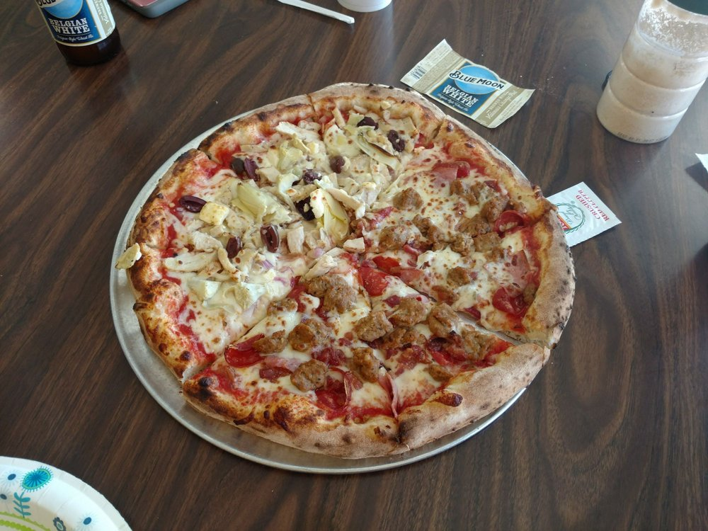 Center Fire Pizza: 103 S Main St, Smith Center, KS
