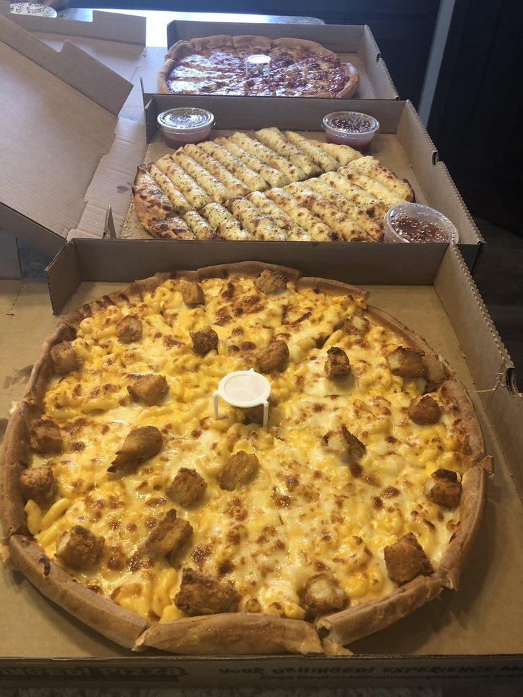 Unhinged! Pizza: 1338 Babcock Blvd E, Delano, MN