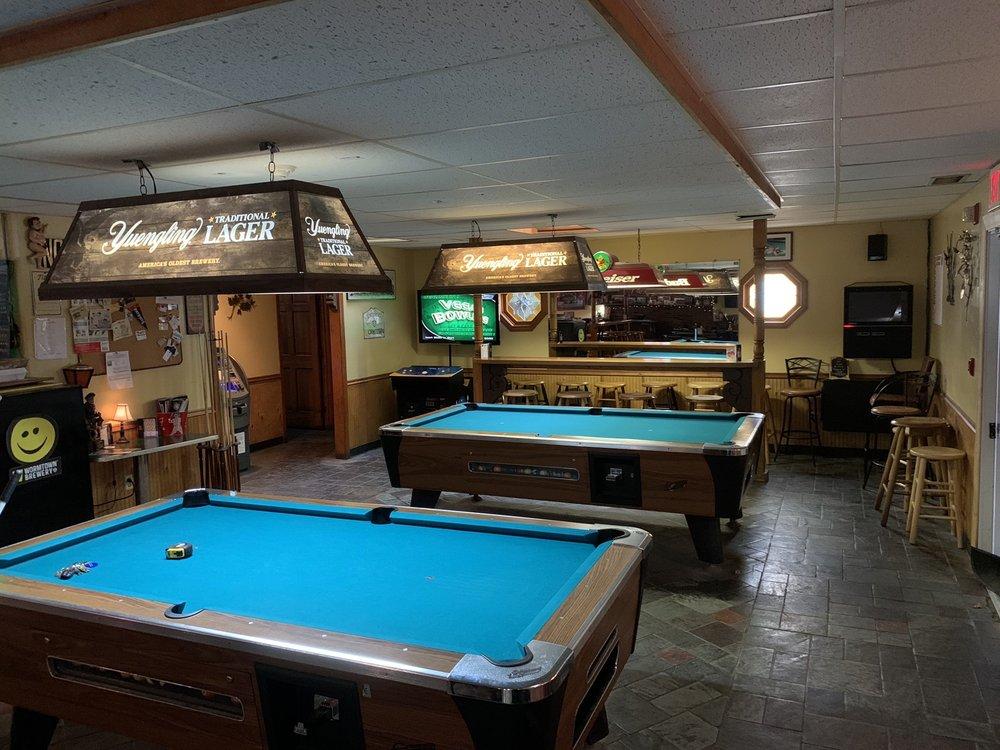 PJ's Pub: 91 Apsley St, Hudson, MA