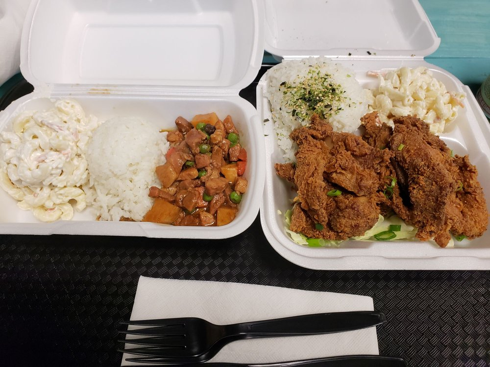 Food from Lefty-J's Island Favorites