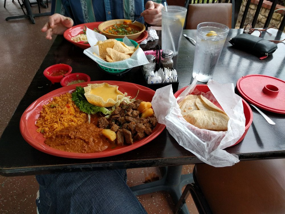 Agave Mexican Restaurant & Bar: 509 S Washington Ave, Cleveland, TX