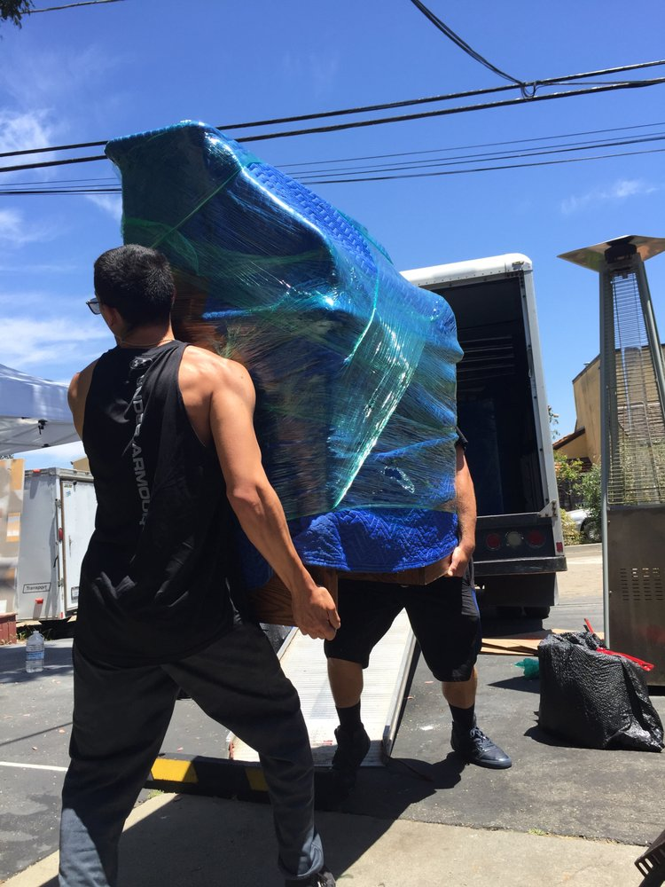 Stanford Moving and Hauling