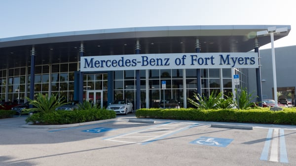 mercedes benz of fort myers auto repair fort myers fl yelp. Black Bedroom Furniture Sets. Home Design Ideas