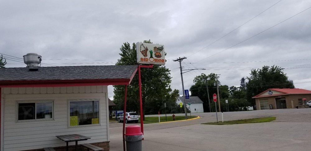 Red Onion Drive Inn: 610 State Highway 55, Belgrade, MN