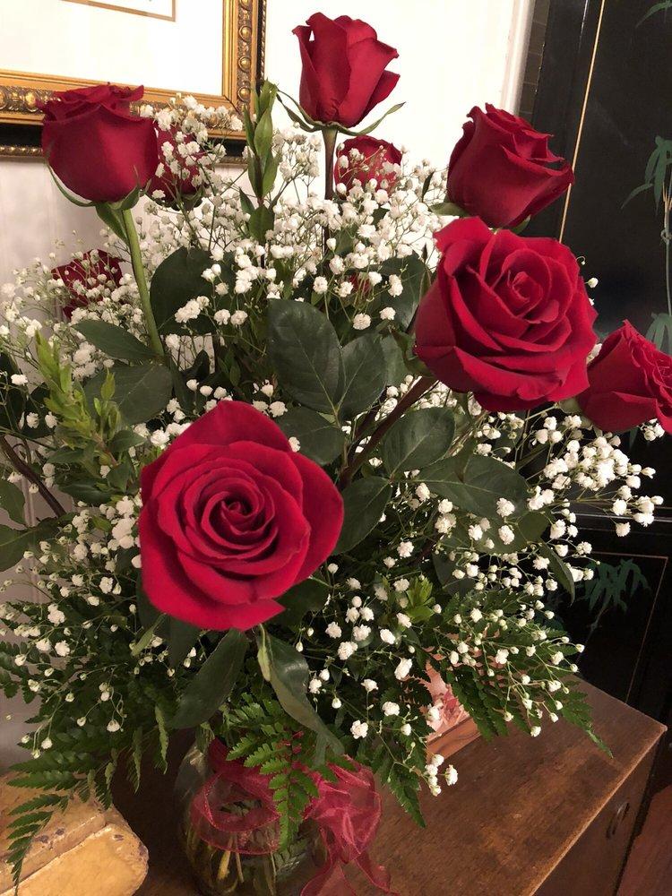 C J's Florist: 228 W 21st Ave, Covington, LA