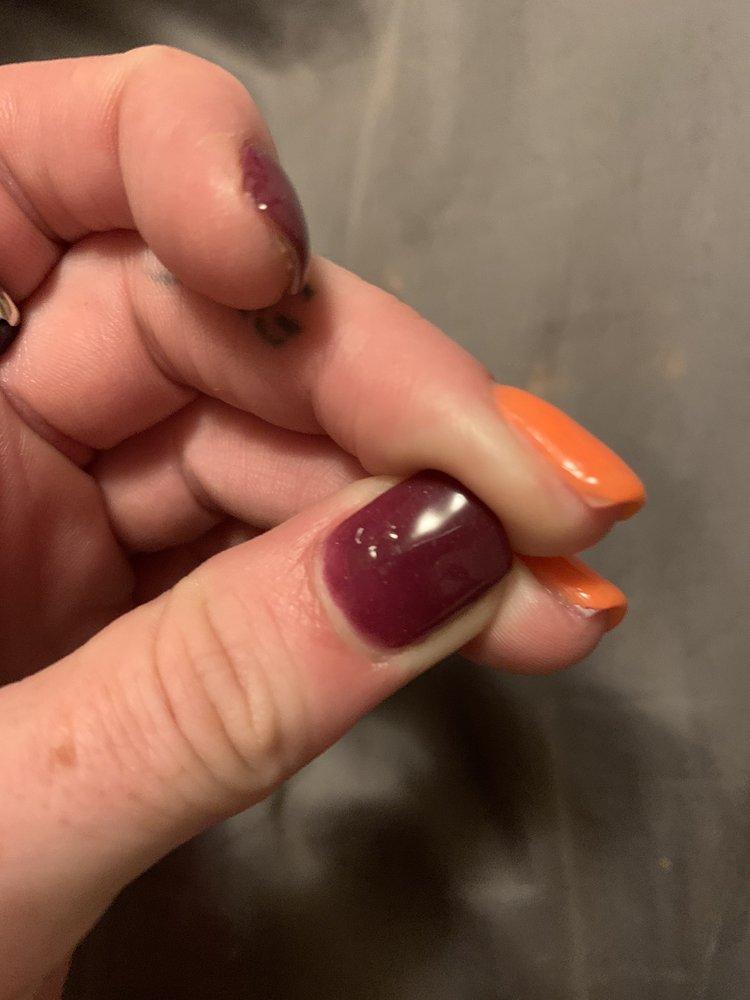 Modern Nails & Spa: 3825 University Ave, Waterloo, IA