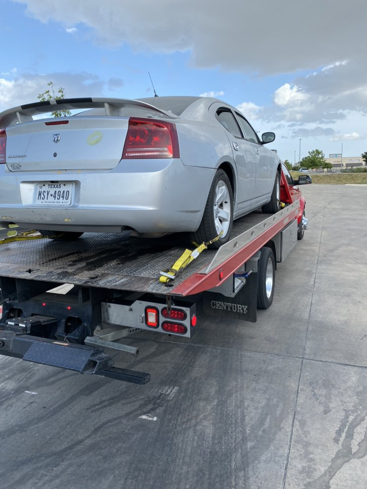Towing business in Leon Valley, TX