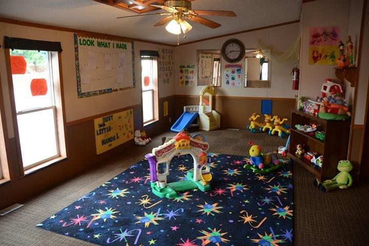 Karen's Kids Daycare & Preschool: 7204 S State Road 46, Terre Haute, IN