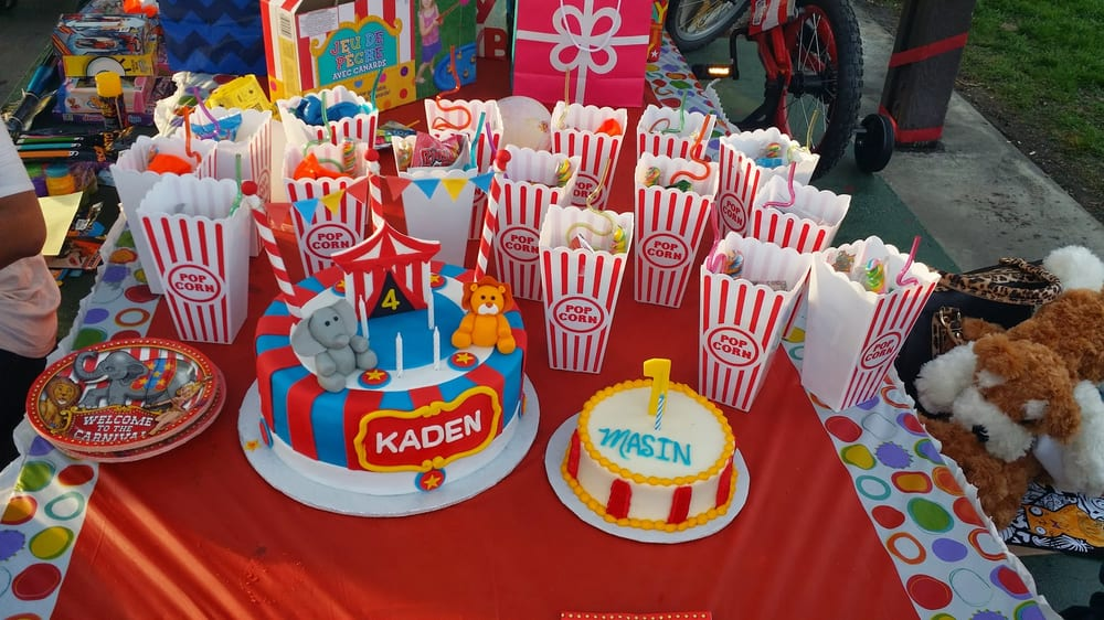 Circus themed smash cake and regular sized cake Yelp
