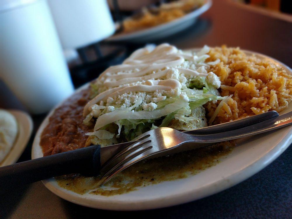 Food from Antojitos Izcalli