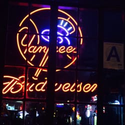 141c174f591 7B Horseshoe Bar aka Vazacs - 45 Photos   184 Reviews - Arcades ...