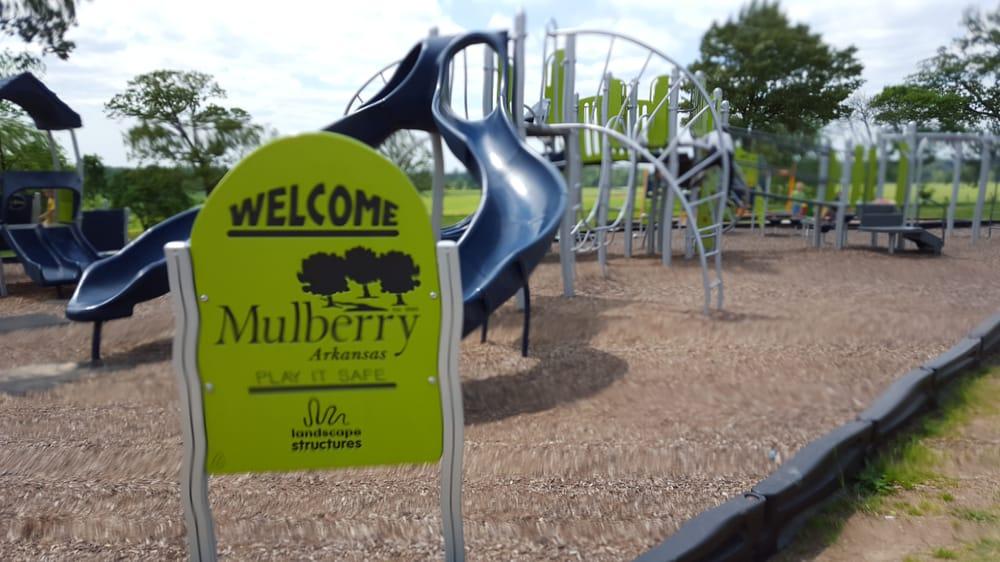 Mulberry City Park: 453 US 64, Alma, AR