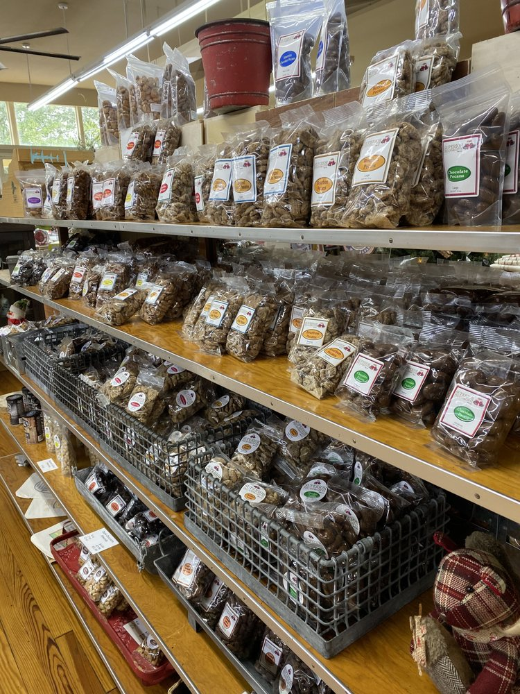 Superior Pecans & Gifts: 117 E Broad St, Eufaula, AL