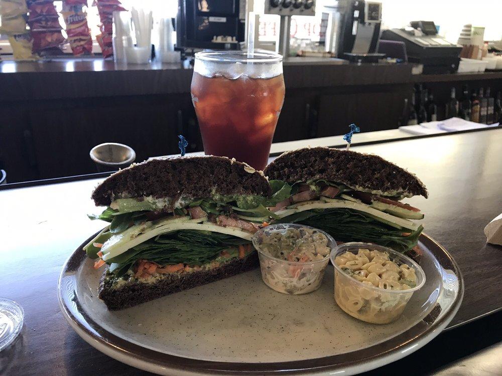 FIT Stop Cafe: 1505 Seascape Blvd, Aptos, CA