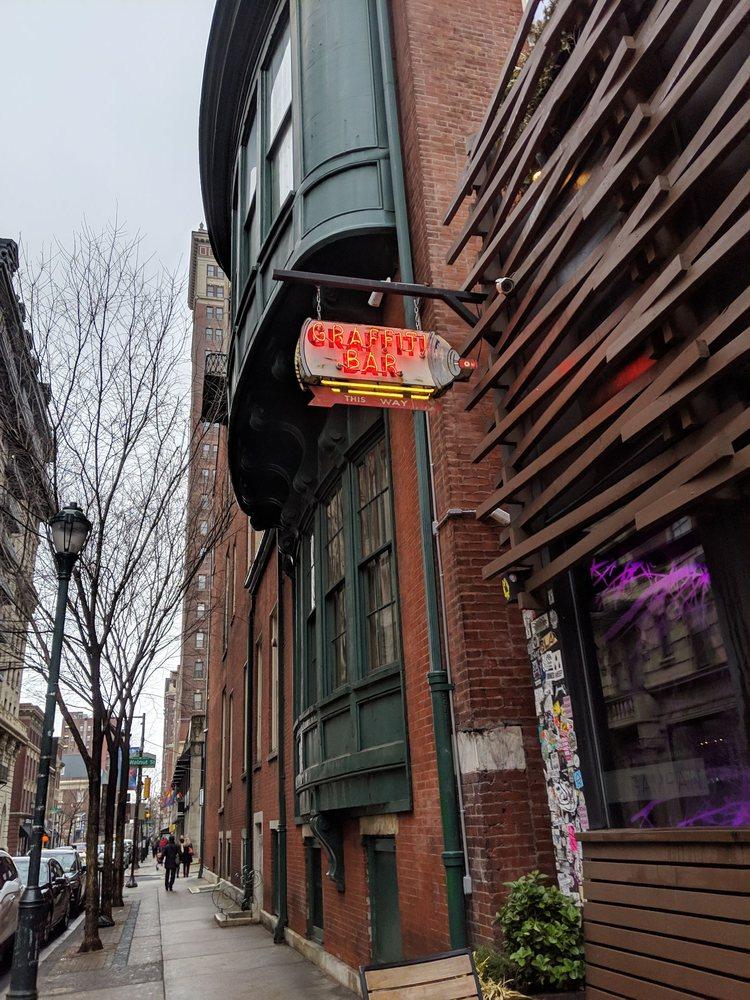 Graffiti Bar: 124 S 13th St, Philadelphia, PA