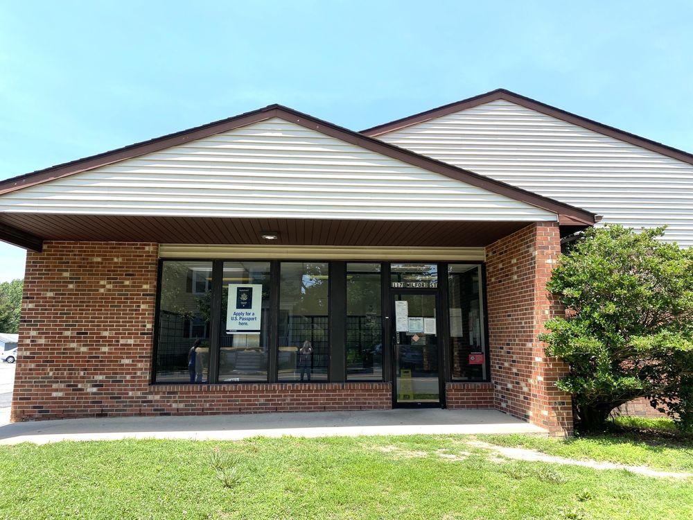 U S Postal Service: 117 Milford St, Bowling Green, VA
