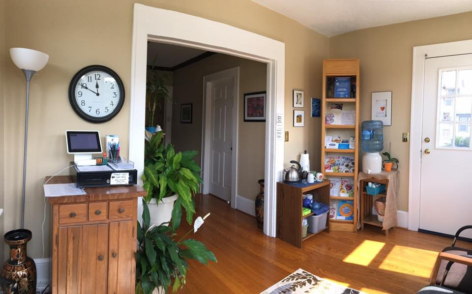 Roanoke Community Acupuncture: 7726 Williamson Rd, Roanoke, VA